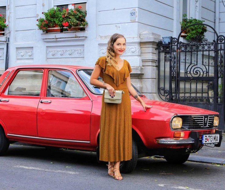 Dacia 1300 rosie